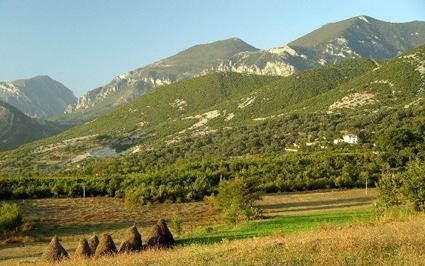 Albanian-mountains.jpg