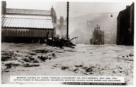1944-holmfirth-flood-2.jpg