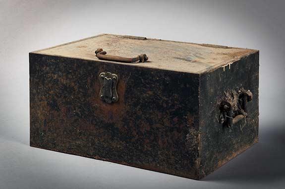 BOX-721v.jpg