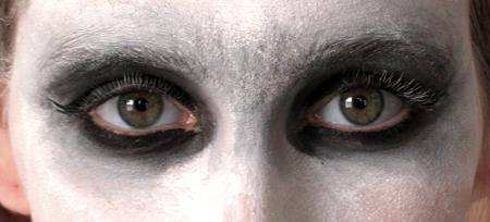 elodies-eyes-3.jpg